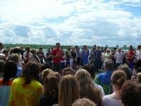 """В """"Церкви Прославления"""" крестилось 128 человек"""
