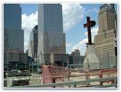 В США атеисты требуют удалить крест с места трагедии 9/11