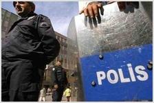Египетские силы безопасности, остановив автобус в Гизе, арестовали всех христиан