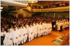 73 человека приняли крещение в омской церкви ЕХБ
