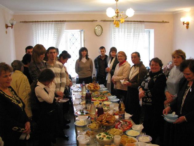 Нововодолажская община отметила двадцатилетие