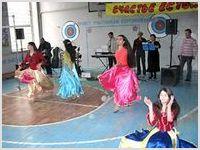Школьники принимали на «ура» музыкальную программу «Спасение в Иисусе» (г. Каменск-Шахтинский)