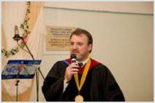Украинская Евангельская Семинария Богословия выпустила почти шестьдесят служителей