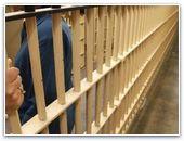 Двух пасторов приговорили к тюремному заключению
