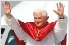 Бенедикт XVI отречется от папского престола