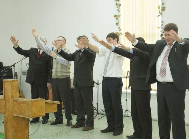 Двойной праздник в церкви «Слово Истины»