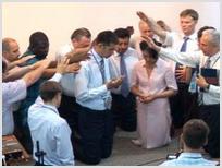 В Киргизии офицер полиции стал пастором
