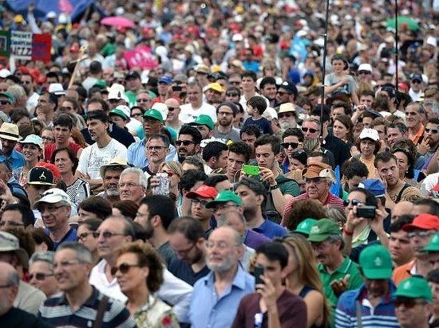 Миллион протестующих против однополых «браков»