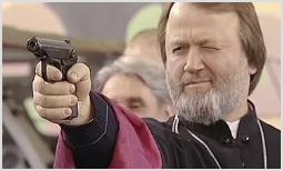 Брать ли священникам оружие?