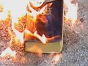 Партизаны сжигают Библии