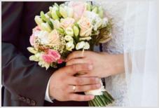 Платье, смокинг и кольца бесплатно