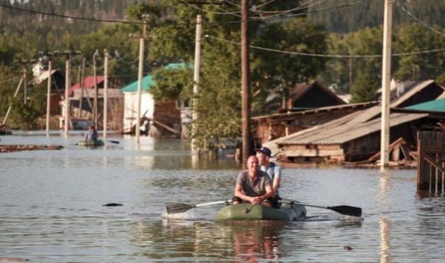 Что делают христиане в затопленном Тулуне